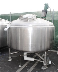 DCI 2000 Liter S/S Jacketed Tank- SOLD
