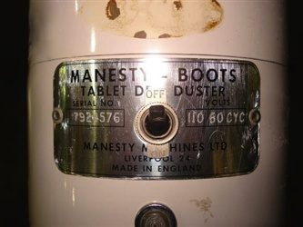 Manesty Boots Deduster