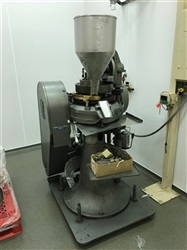 Stokes 15 Station D-tooled Tablet Press